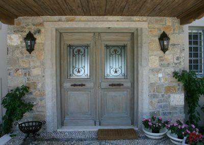 Είσοδοι - Εξωτερικές πόρτες 11