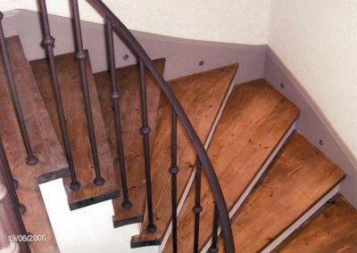 Εσωτερική σκάλα 01